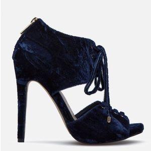 Casara Heeled Sandal True Navy Velvet Heel New